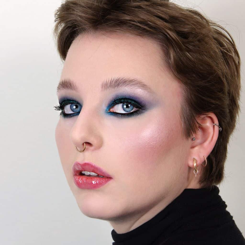 Blue smoky eyes, Maquilleuse beauté, Maquillage beauté, Maquillage beauté naturel, Maquillage sophistiqué, Maquillage beauté sophistiqué, Maquilleuse professionnelle, Maquilleuse diplômée, France, IdF, Paris, Sucy, Sucy-en-Brie