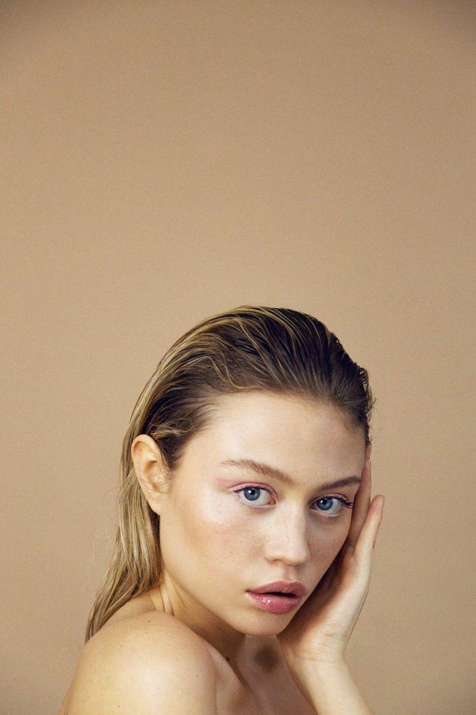 Pink liner, Maquilleuse beauté, Maquillage beauté, Maquillage beauté naturel, Maquillage sophistiqué, Maquillage beauté sophistiqué, Maquilleuse professionnelle, Maquilleuse diplômée, France, IdF, Paris, Sucy, Sucy-en-Brie
